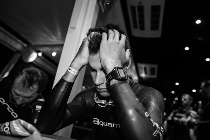 Interminable attente et stress d'avant course concentration @TRIMAX