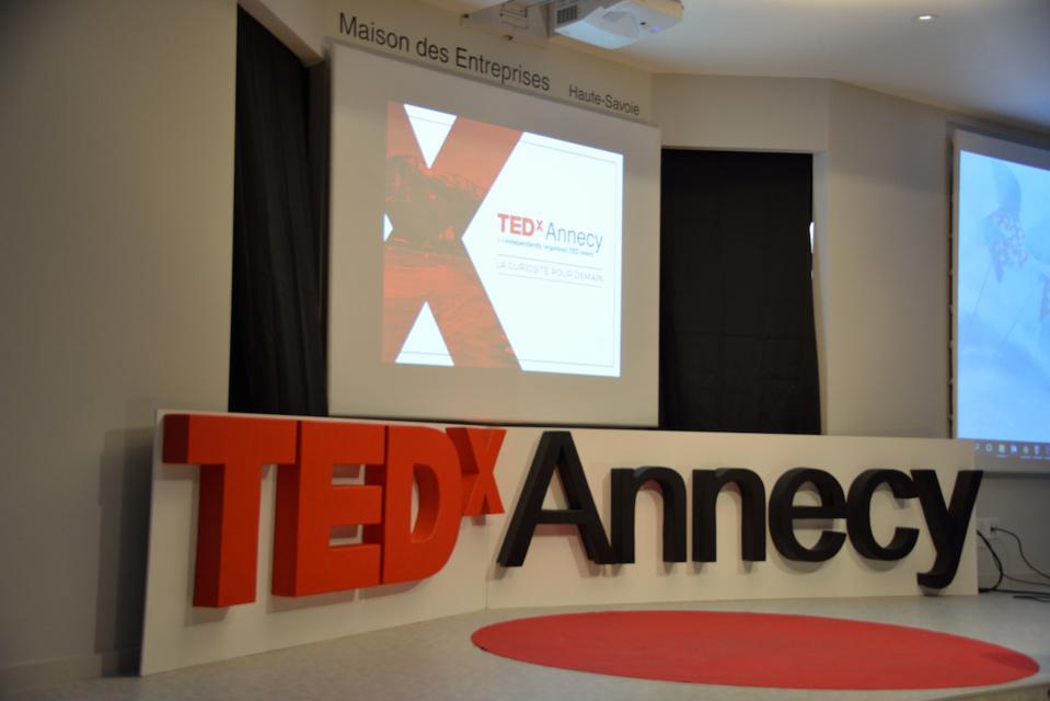 Conférences TEDx Annecy, la curiosité pour demain