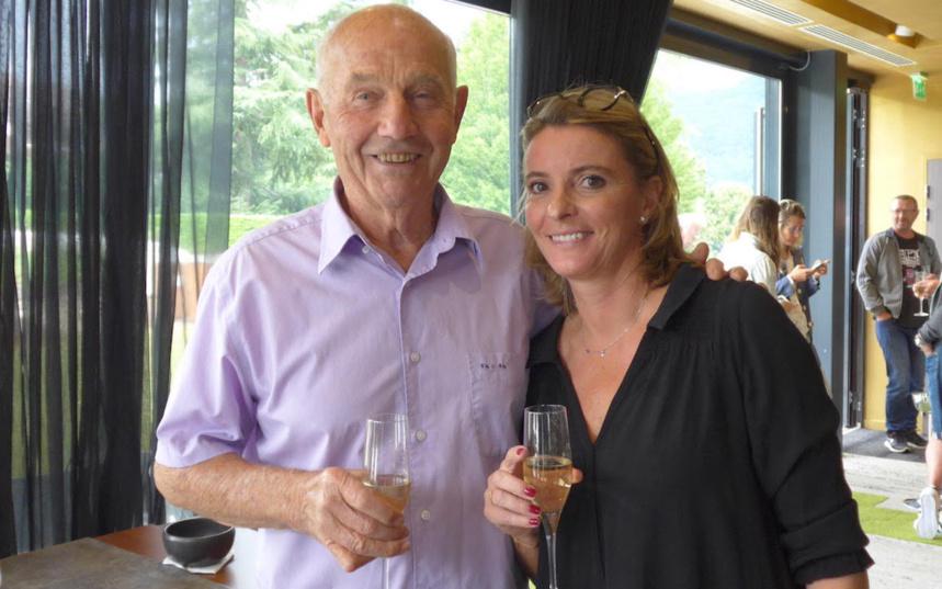 Georges Deniau, ancien entraineur pour les équipes de Coupe Davis de France et Suisse & Anne Chédozeau, Co-Directrice Tournoi ©Les Princes Annecy