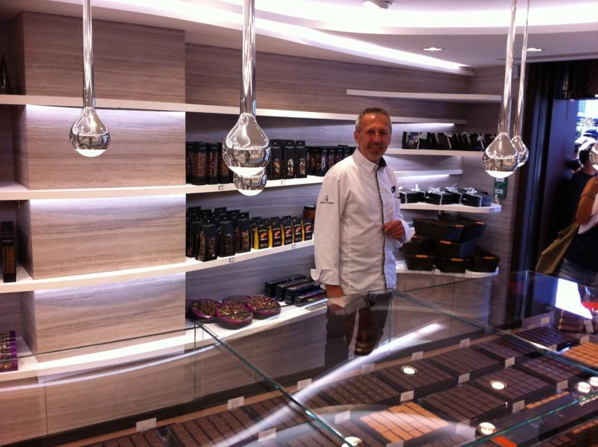 Patrick Agnellet fait les honneurs de la nouvelle installation