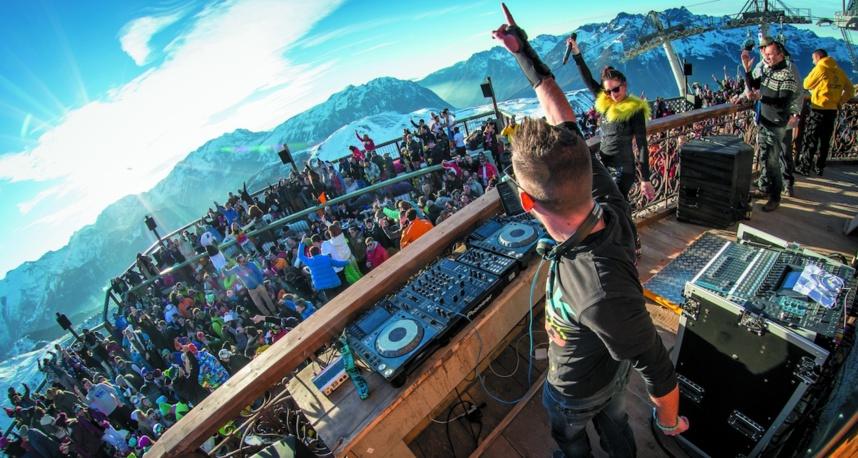 Quand Tomorrowland grimpe vers les sommets de l'Alpe d'Huez
