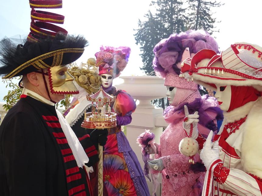 Un avant goût de Carnaval sur les terrasses de l'Impérial ©Paul Rassat