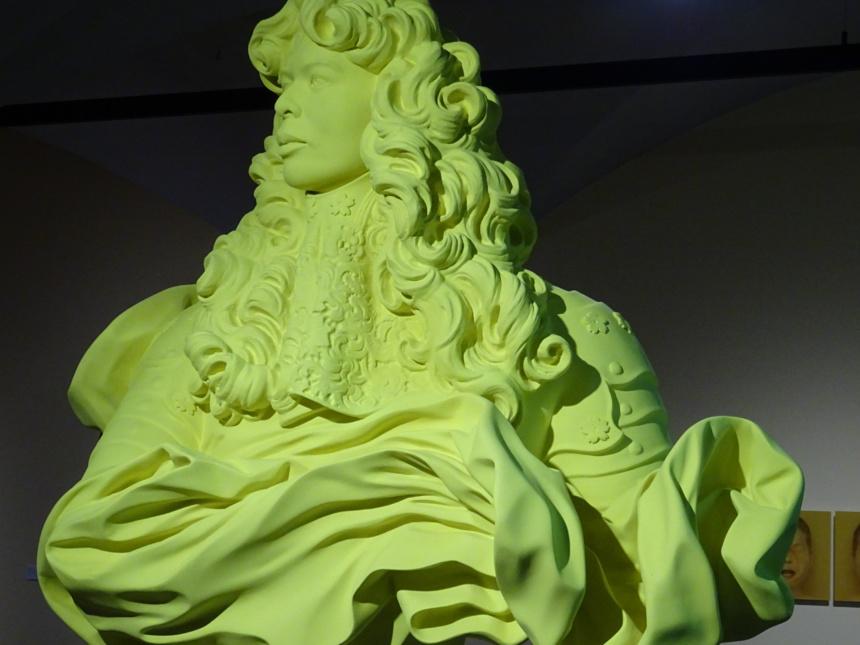 Autoportrait de l'artiste en Louis XIV du Bernin.