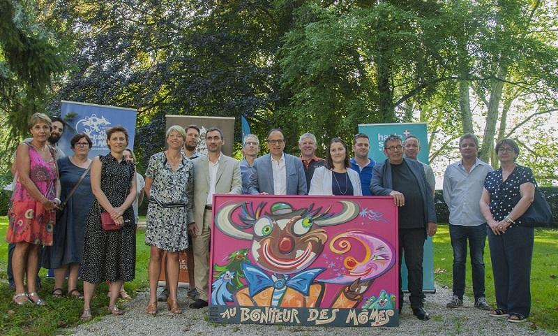 Elus et partenaires autour d'Alain Benzoni