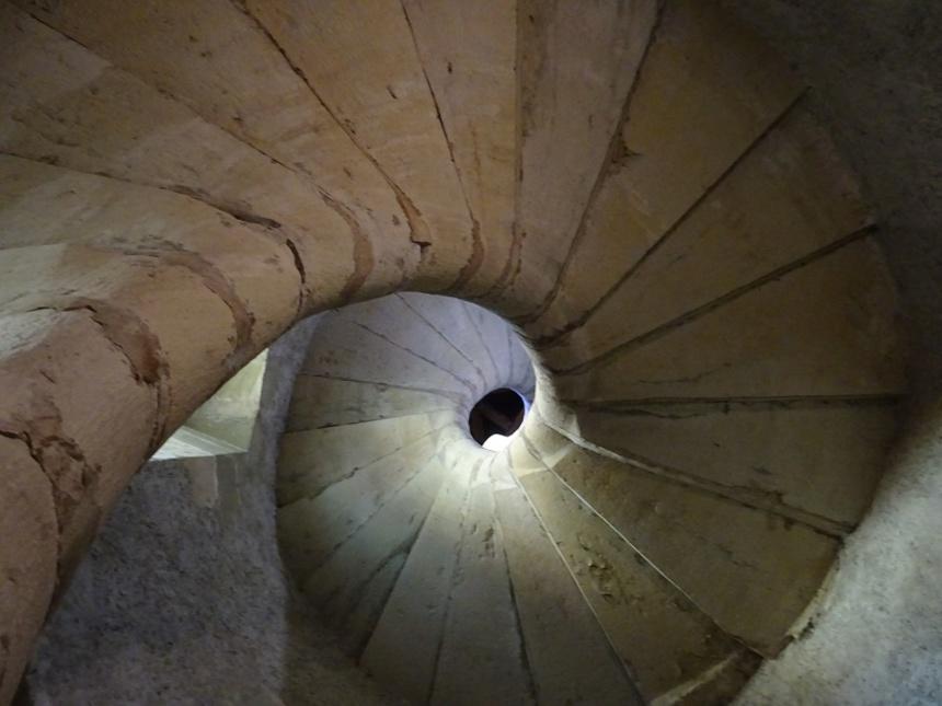 L'escalier en colimaçon de la Tour des Religieuses