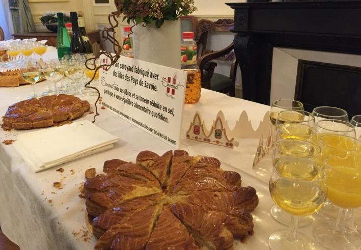 La galette des rois avec les rois de la galette des Savoie ©Damien Tiberio