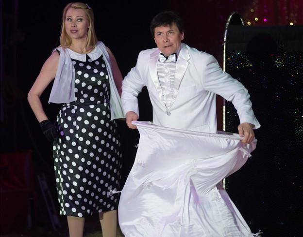 Le duo de Transformistes Les Lanzarot / Copyright Cirque Medrano