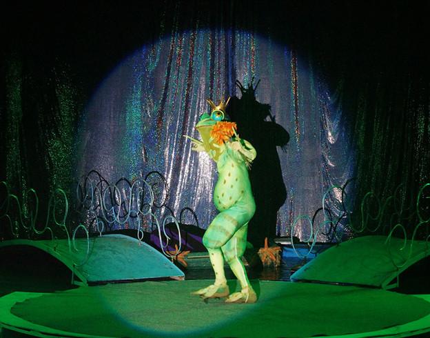 Des costumes magiques / Copyright Le Grand Cirque Sur l'Eau