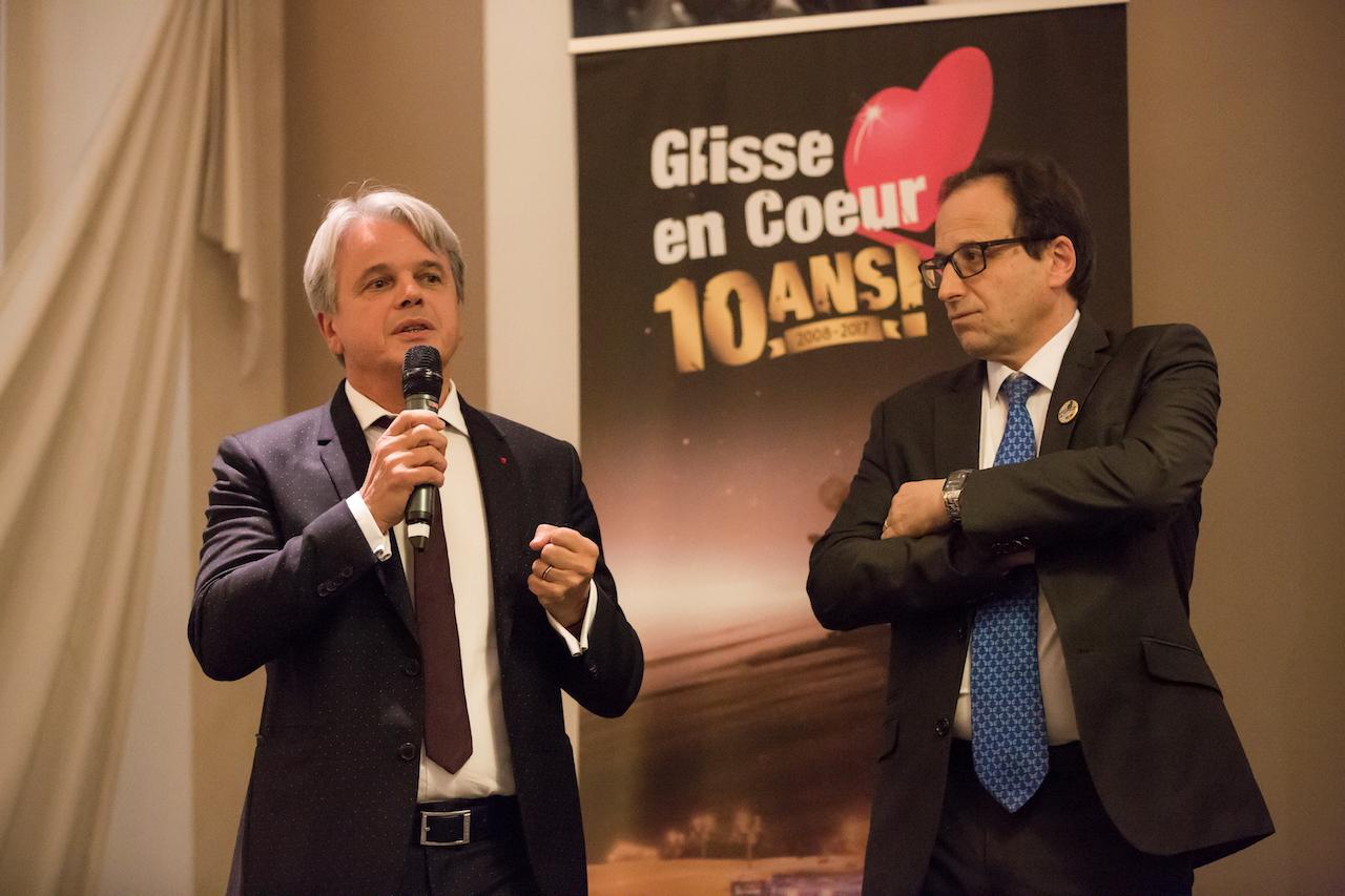 Guy Alba + A. Perrillat-Am_d_ - maire _ B. Delerue - Le Grand-Bornand
