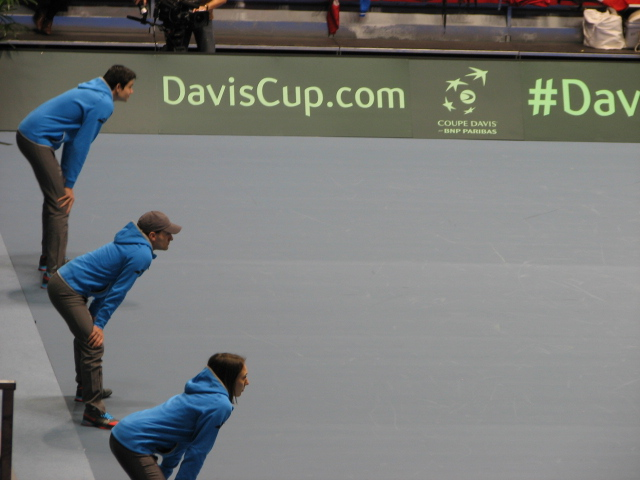 Gare au lumbago ! Coupe Davis Albertville 1er Jour France / Pays-Bas