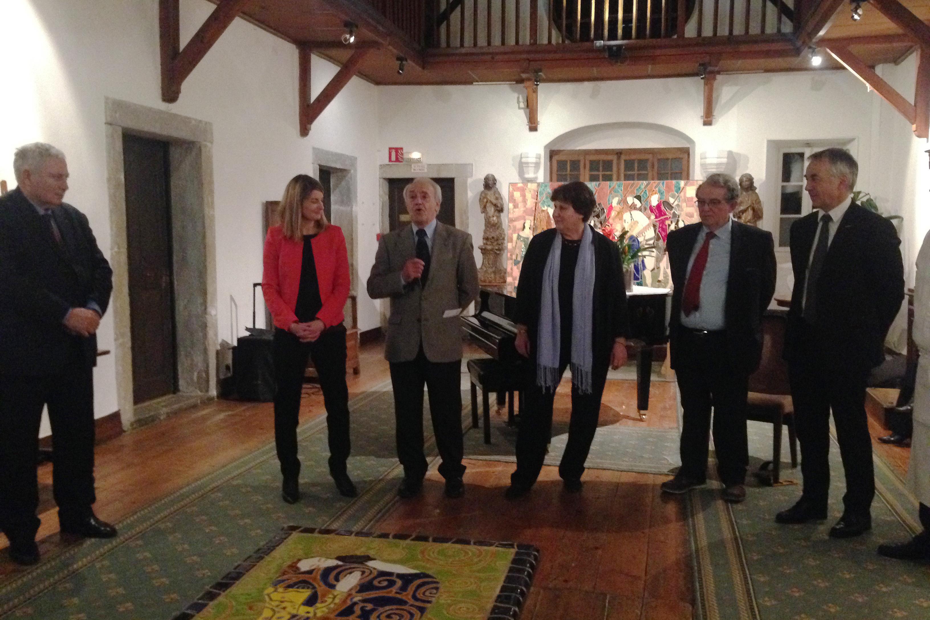 Cérémonie de lancement du Millénaire - de gauche à droite : Mr Lambert (Mr le prefet), Mme Chauvris, Mr Peres, Mme Kirchner, Mr Favrot, Mr Rigaut