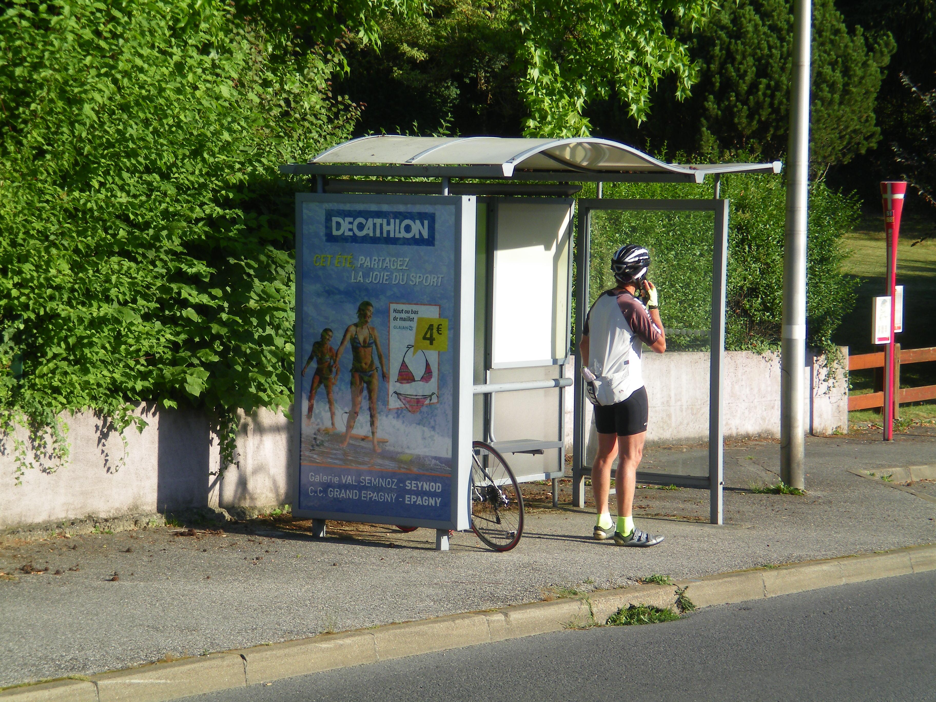 L'échappée par l'arrière: on attend un copain / Etape du Tour dimanche 8 juillet 2018 Annecy - Le Grand Bornand