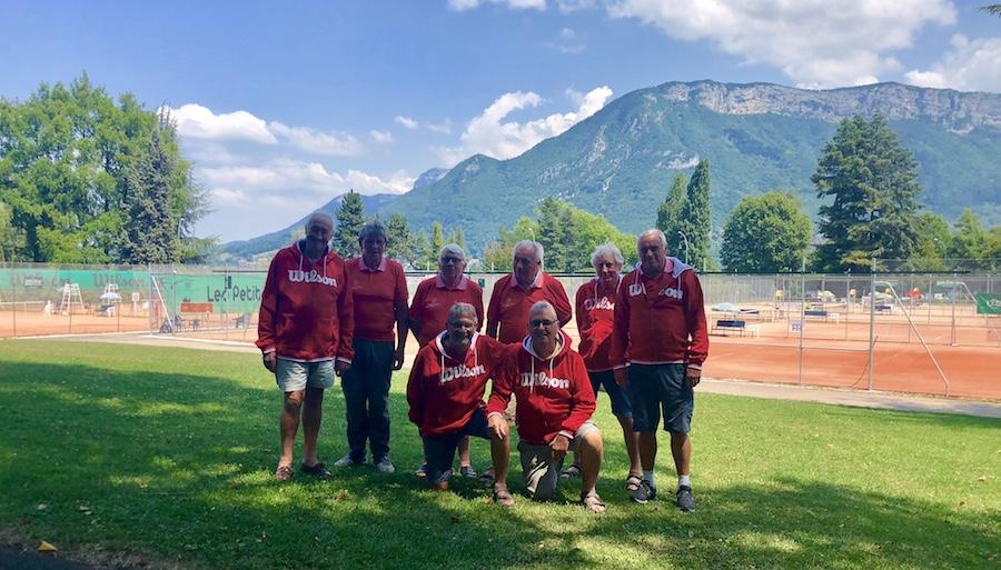 Tournoi de Tennis des Petits Princes 2018 / Les indispensables qui assurent l'entretien des courts ©DR