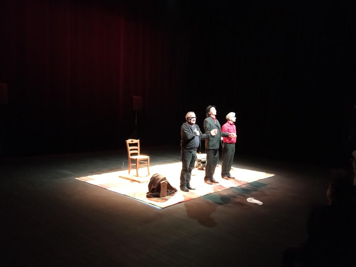 Claude Brozzoni,Guillaume Edé et Claude Gomez sur le frêle esquif de la scène