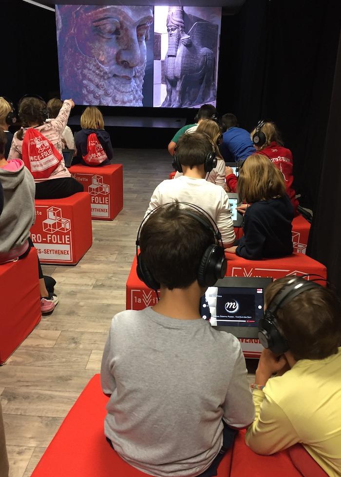 Les enfants profitent du musée numérique lors de la fête des sciences 2019 ©DR