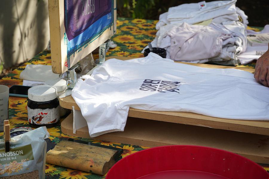 Atelier sérigraphie végétale pour l'événement Super SuperChaud ©Adriana Levet