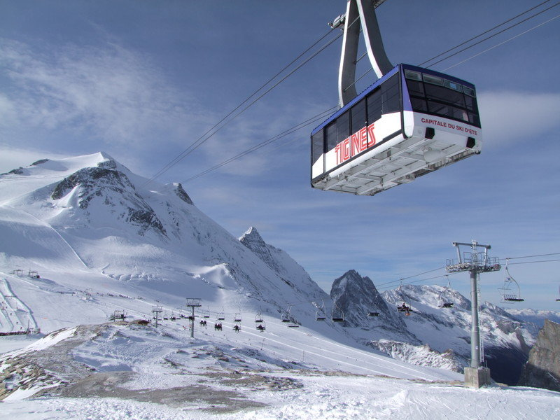 TIGNES : Ouverture du glacier de la Grande-Motte.