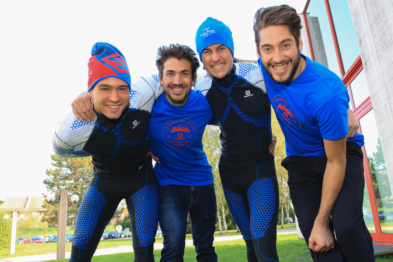 De gauche à droite : Baptiste Gros (athlète, équipe de France de Sprint), Damien Tarantola (Président du HSNT et équipe de France U23), Victor Roguet équipe de France U23), Alban Gobert (Manager) ©NordicMagazine