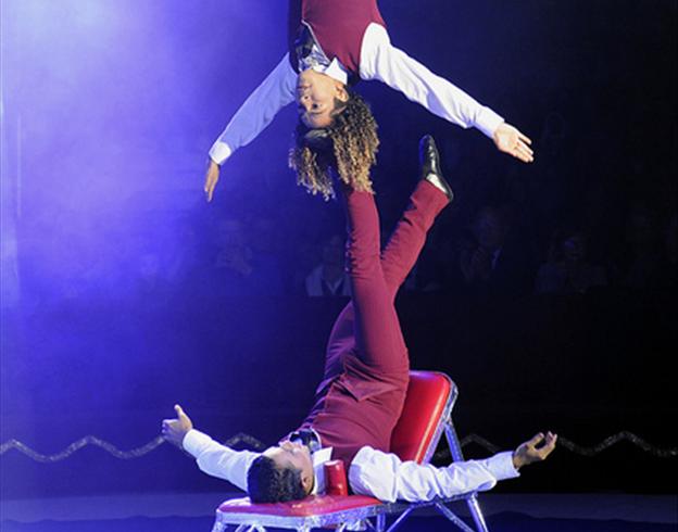 Los Hermanos Rodriguez, aux jeux icariens / Copyright Le Grand Cirque Sur l'Eau