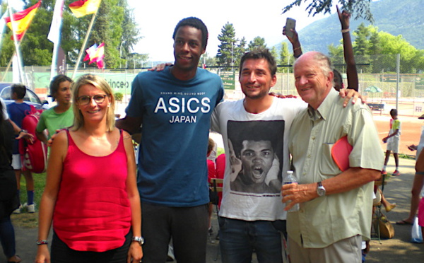Gaël Monfils de passage aux Petits Princes d'Annecy
