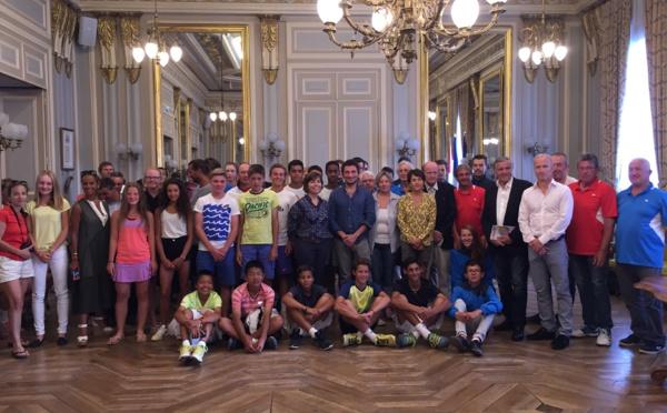 La mairie d'Annecy rend hommage au Tournoi de Tennis des Petits Princes